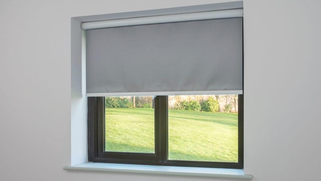 الستارة المضيئة وتجليد النوافذ من ايكيا الامارات